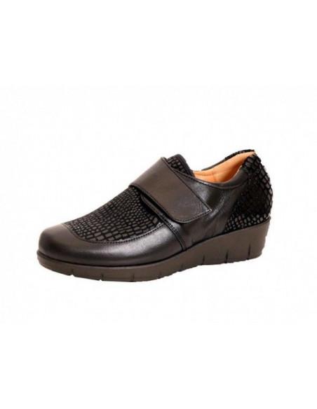 Zapato señora con velcro y pala elástica Daimar