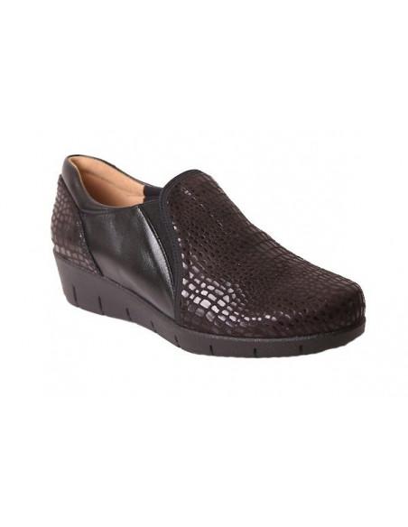 Zapato de señora con laterales elásticos