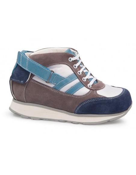 Zapato niño especial para llevar con dafos de Calzamedi