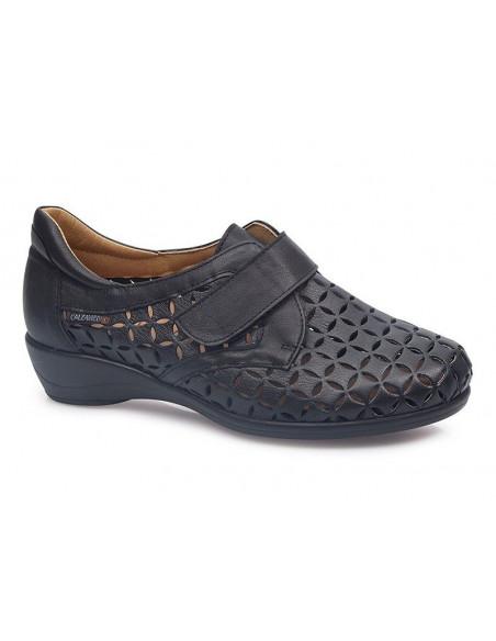 Zapato de mujer transpirable con plantilla extraíble y velcro de Calzamedi