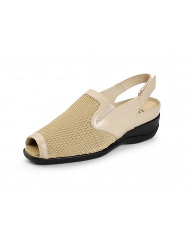 Calzado de verano con pala elastica y plantilla extraible de Daimar