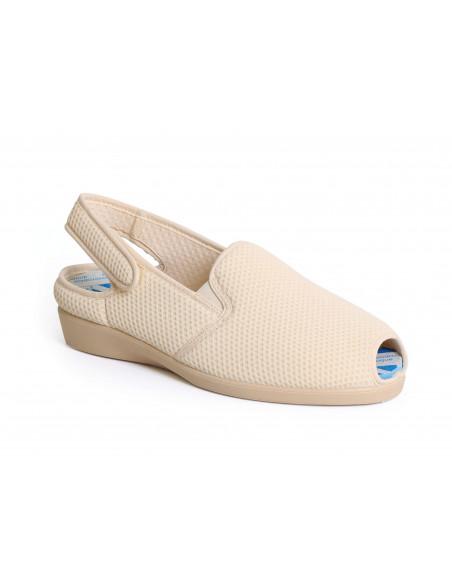Zapatilla confort para pies sensibles y rejilla elástica de Daimar