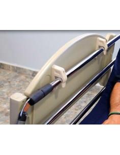 Mesa extensible para camas articuladas con barandillas
